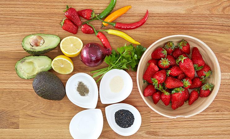 Zutaten - Erdbeer-Avocado-Salsa