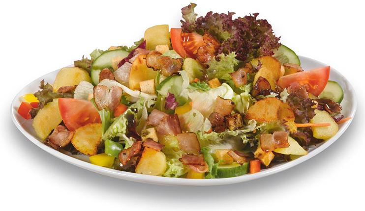 Bauernsalat mit Speck und Kartoffeln