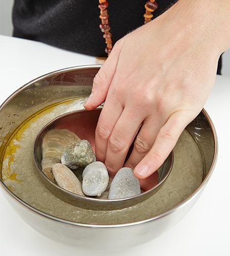 ...und mit Steinen oder Gewischten beschweren.