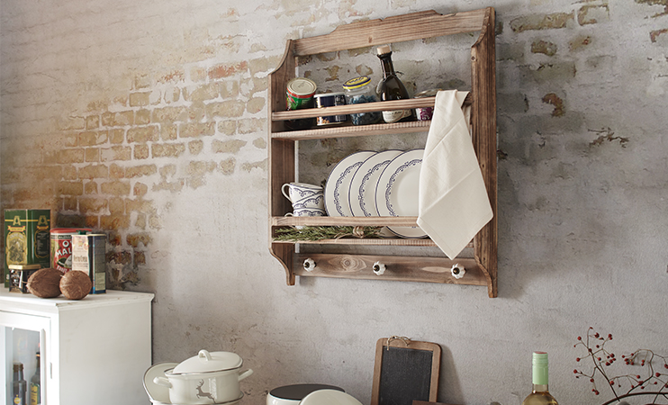 Vitrine im Farmhouse Stil