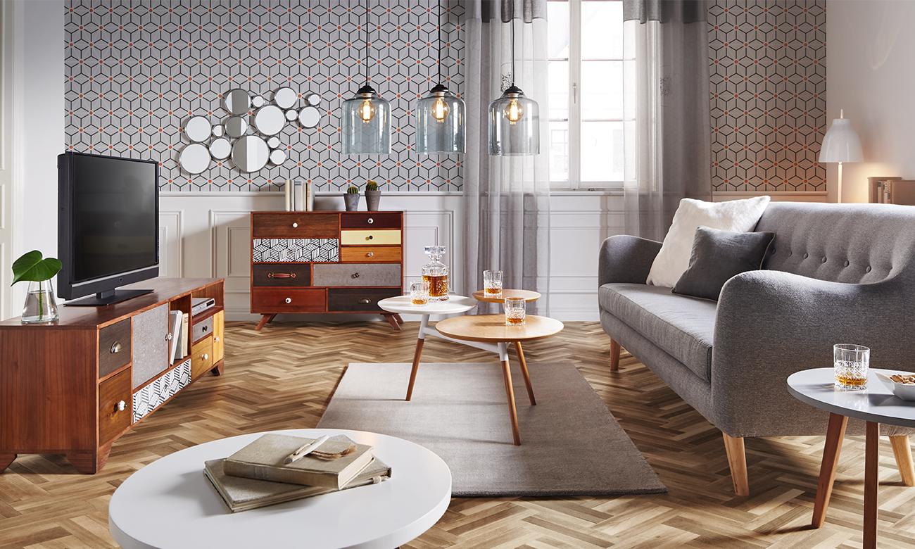 Wohnzimmer mit geometrischen Mustern