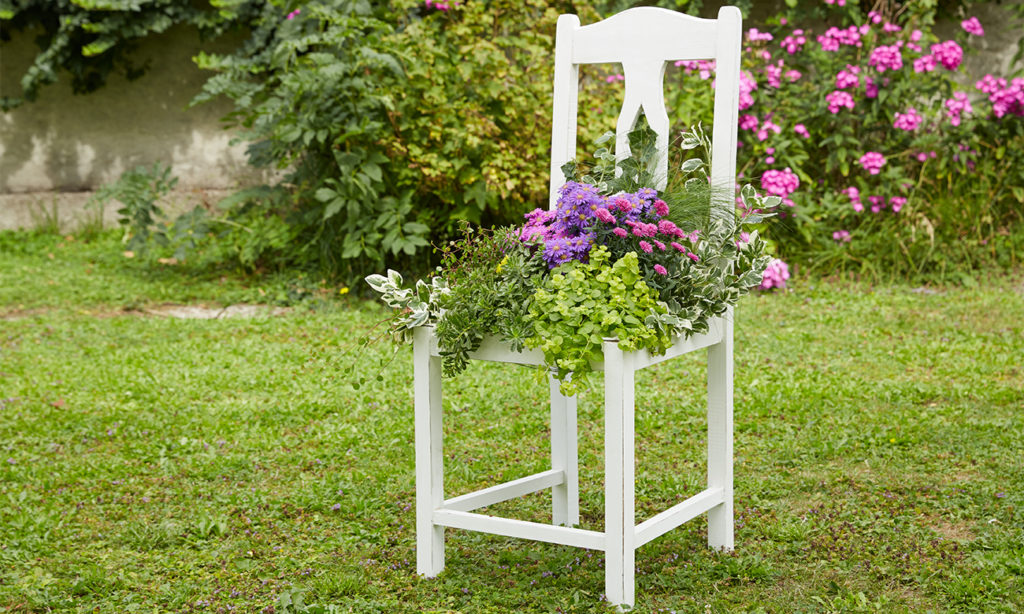 Alter Stuhl Als Gartendeko Einfach Selber Machen Momax Blog