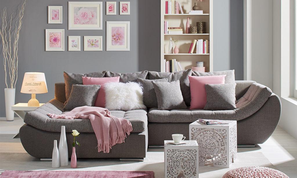 Pure Romance - Wohnzimmer in Weiß und Rosa