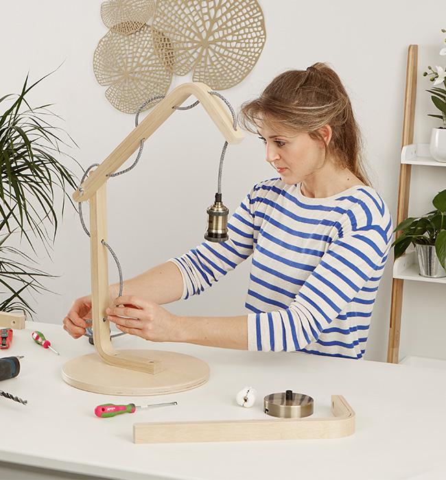 Tischleuchte aus Holz selber machen