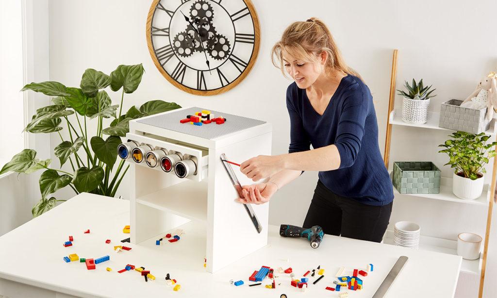 Spieltisch für Kinder DIY - mömax Blog - Yvonne bastelt einen Spieltisch