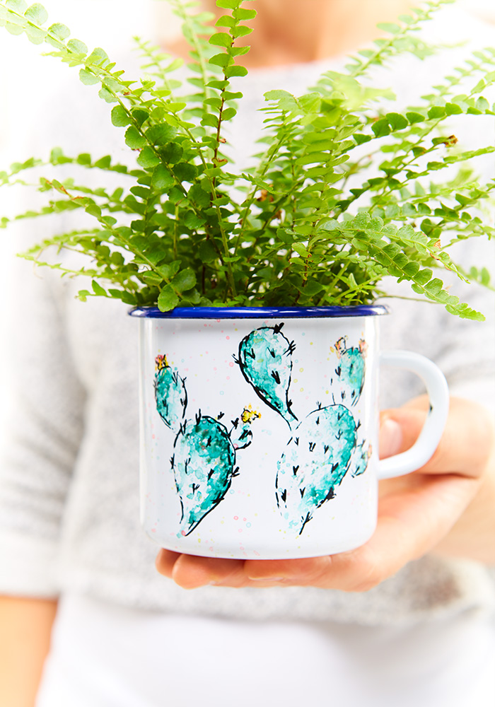 Emaille Tassen selber bemalen - mit Aquarell-Technik