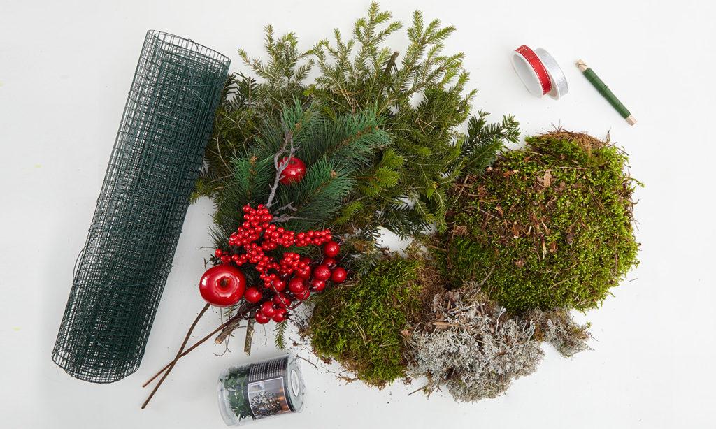 Weihnachtlicher Wichtel aus Tanne und Moos selber machen - was man alles benötigt