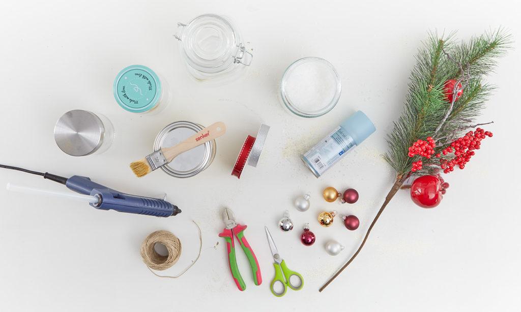Weihnachtliches Windlicht selber machen - was man alles benötigt