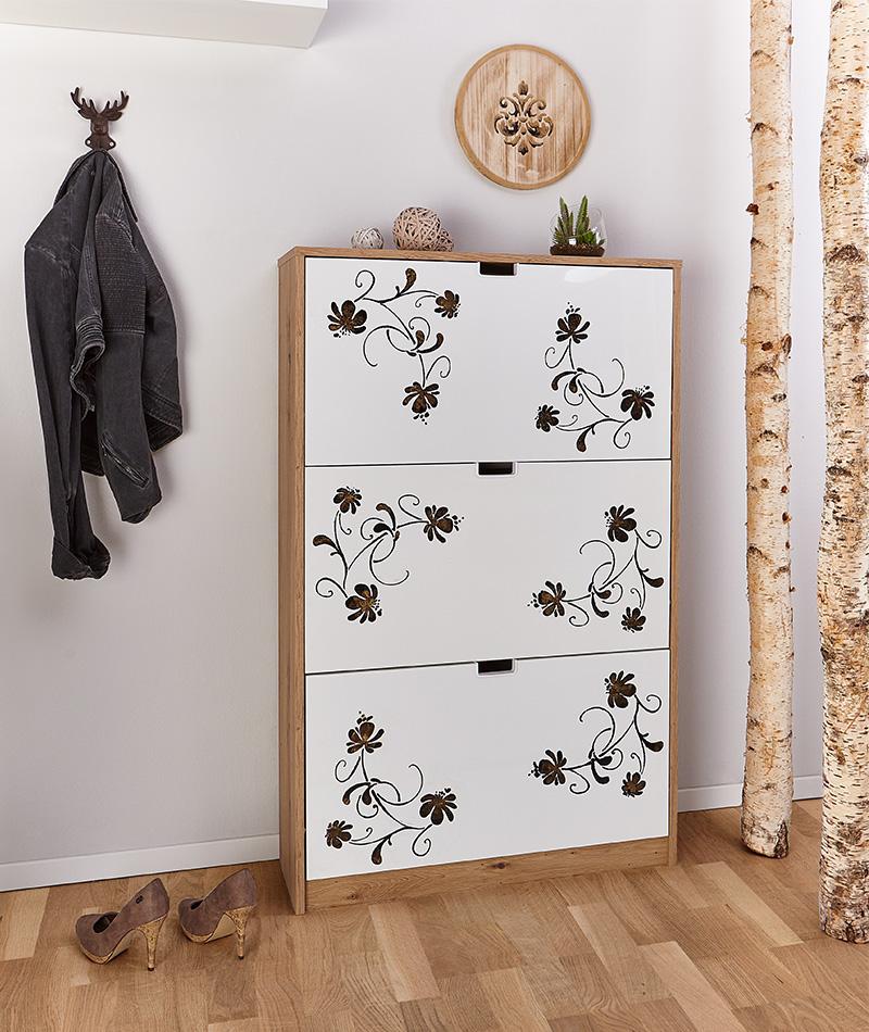 Möbel mit Schablone verzieren