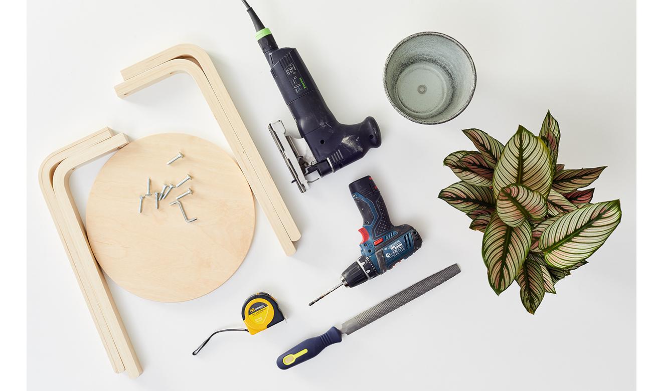 Blumenständer aus Hocker - was man alles benötigt