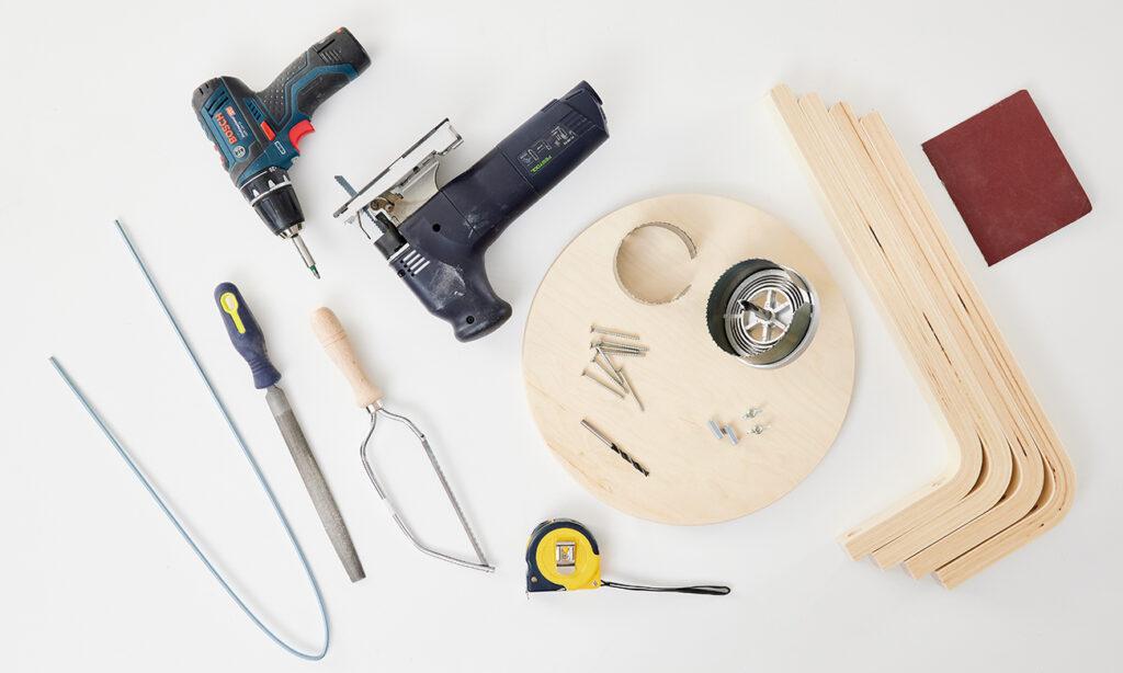 Klappbarer Weintisch fürs Picknick selber machen - was man alles benötigt